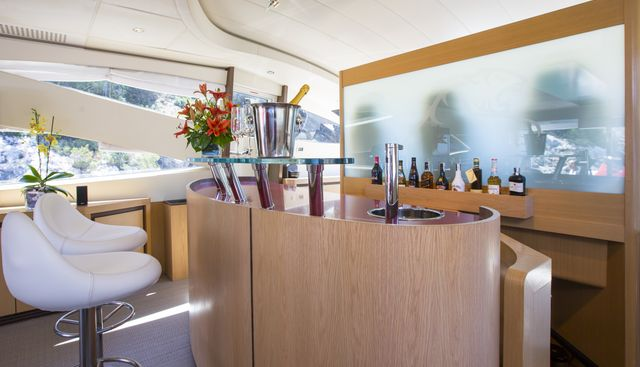 Tiger Lily of London Charter Yacht - 7