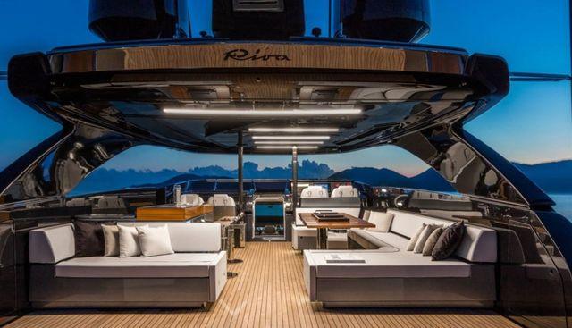Dolcevita Charter Yacht - 3