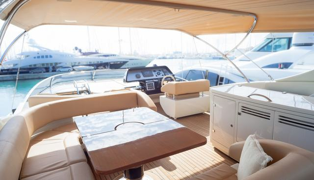Dolce Mia Charter Yacht - 4