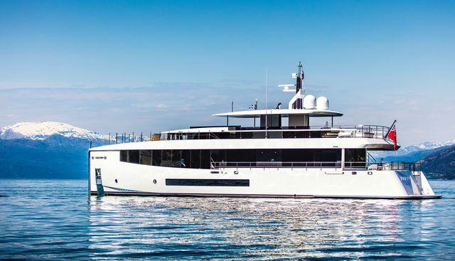 Kamino Charter Yacht - 2