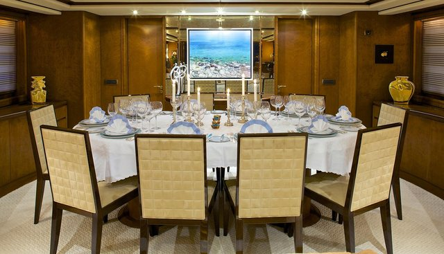 Lady Ellen Charter Yacht - 7