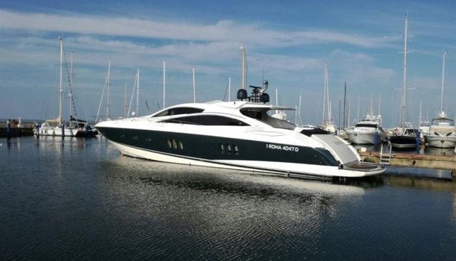 Spectator Charter Yacht