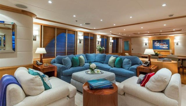 4* Puppies Charter Yacht - 8