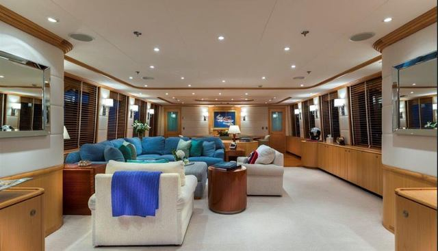 4* Puppies Charter Yacht - 7