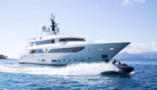 Avant Garde 2 Charter Yacht