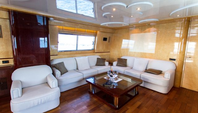 Miss Candy Charter Yacht - 8