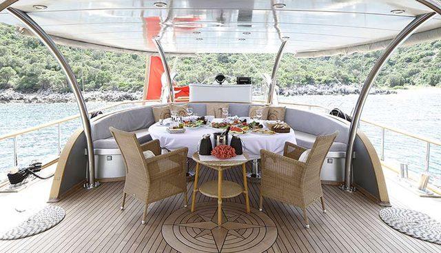 Silver Moon Charter Yacht - 6