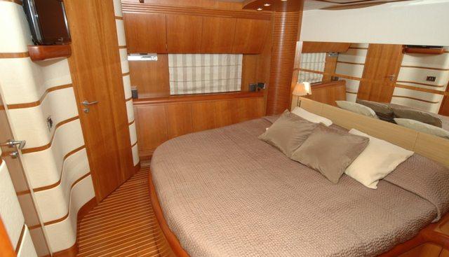 Sweet Titi Charter Yacht - 8