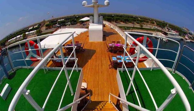 Blue Dawn Charter Yacht - 4
