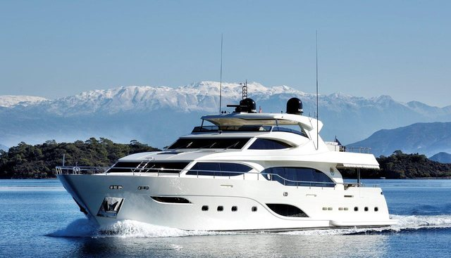 Y Charter Yacht