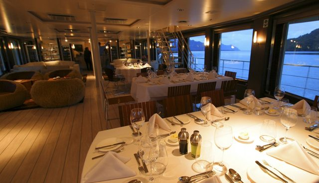 Atmosphere Charter Yacht - 7