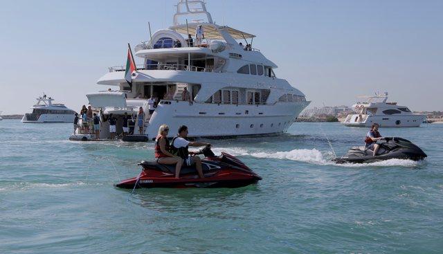 DXB Charter Yacht - 4