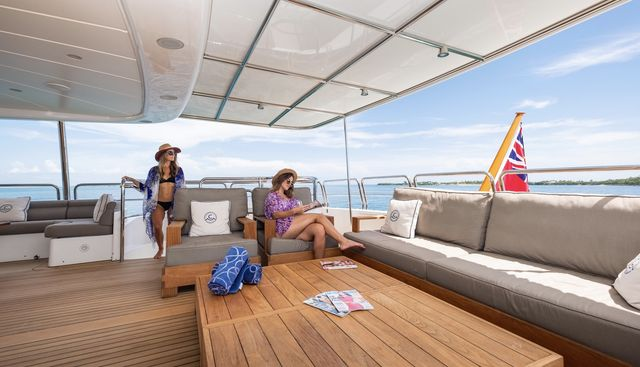 Catching Moments Charter Yacht - 3