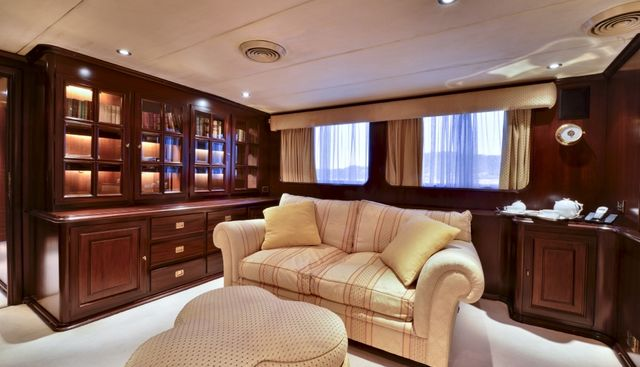 Commitment Charter Yacht - 7