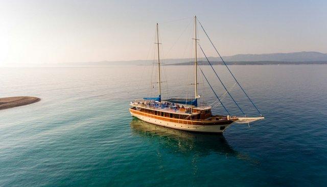 Tajna Mora Charter Yacht