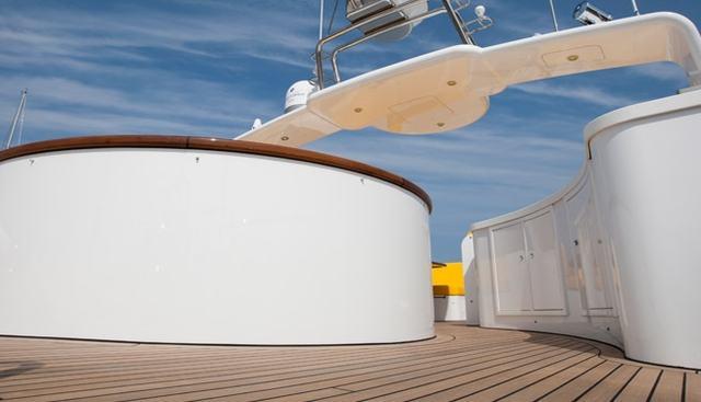 Mimi Charter Yacht - 3