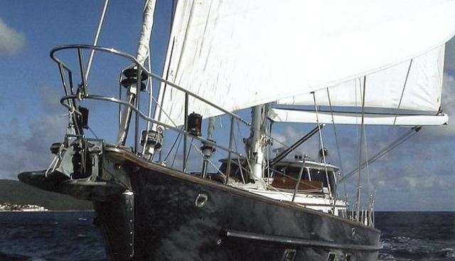Blue Titan Charter Yacht - 2