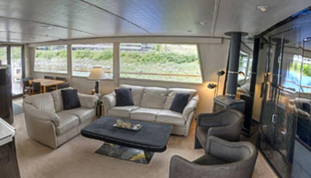 Midnight Sun Charter Yacht - 3