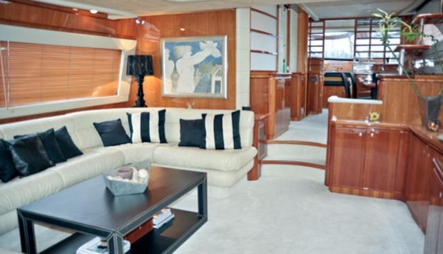 Amor Charter Yacht - 3