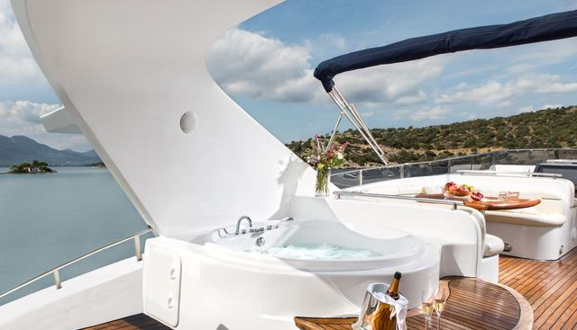 Nitta V Charter Yacht - 4