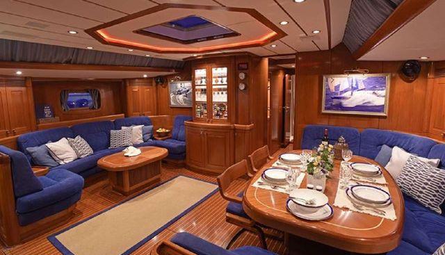 Aquila Charter Yacht - 5