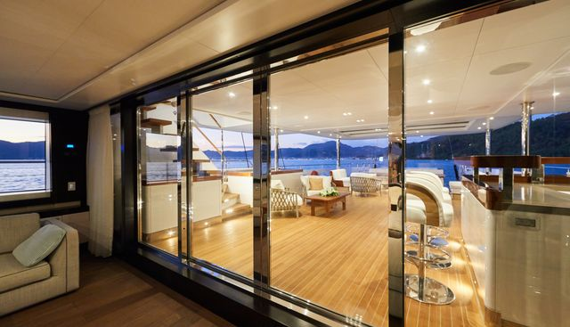 Extreme Charter Yacht - 6