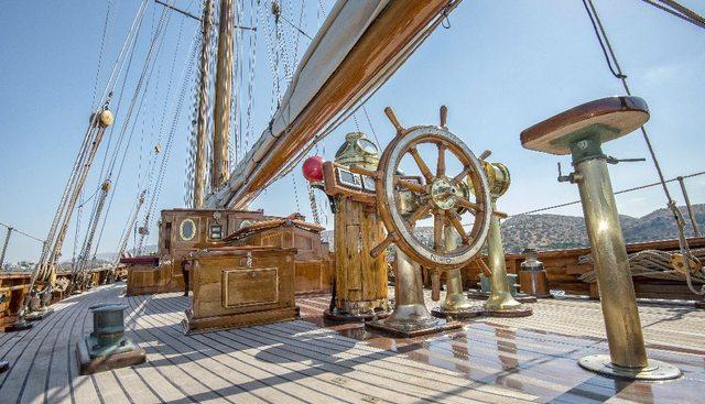 Aello Charter Yacht - 8