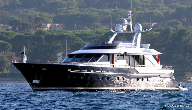 Bluesette Charter Yacht
