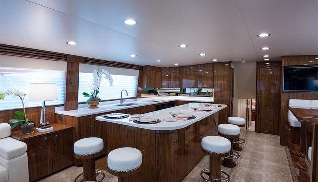Vera D Charter Yacht - 5