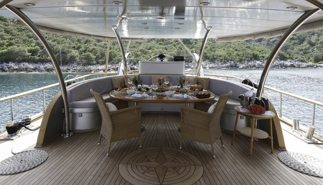 Silver Moon Charter Yacht - 8