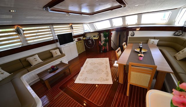 Luce Del Mare Charter Yacht - 7