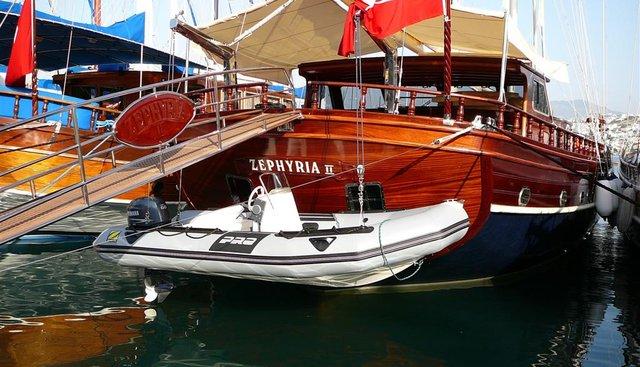 Zephyria II Charter Yacht - 5