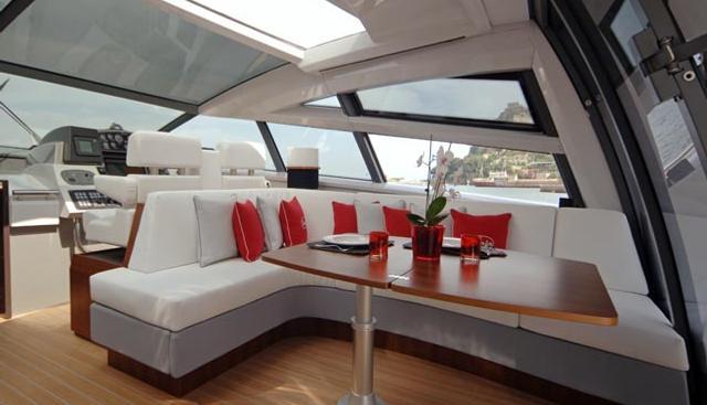 Little One Charter Yacht - 4