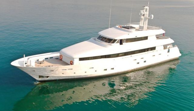Mr Mouse Charter Yacht - 2