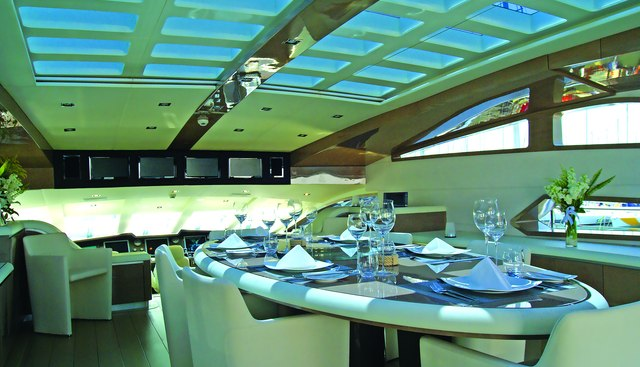 RL Noor Charter Yacht - 5