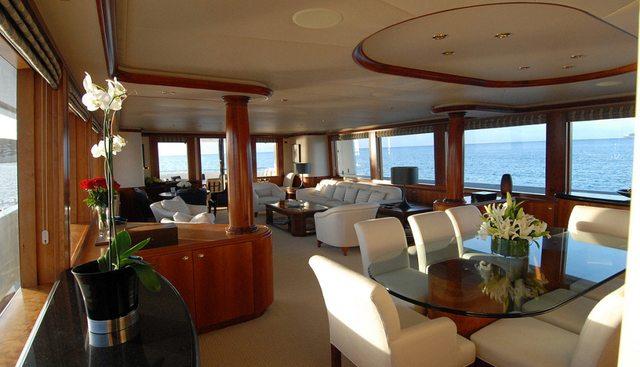 Dona Lola Charter Yacht - 6