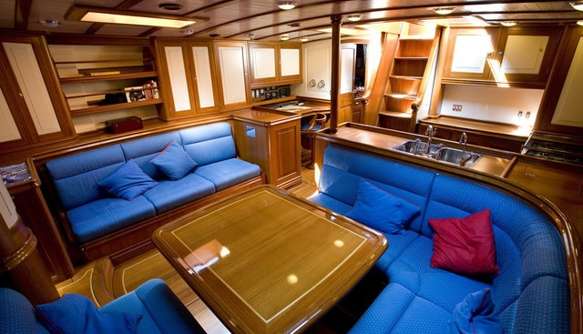 Copihue Charter Yacht - 6