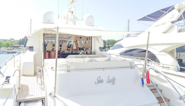 Sea Lady Charter Yacht - 5