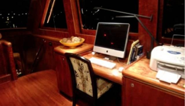 Four Captains Charter Yacht - 4
