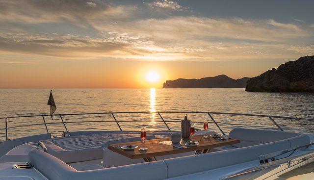 Seawater Charter Yacht - 3