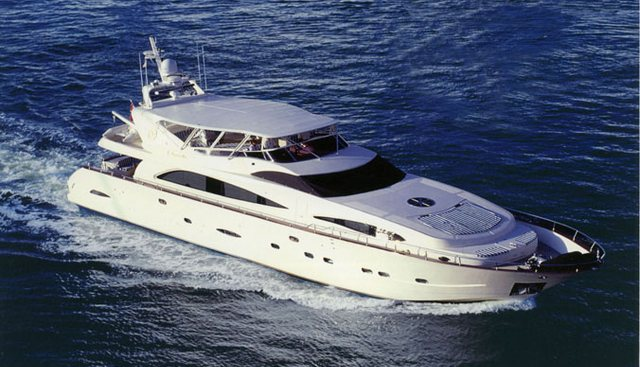 Virginia Mia Charter Yacht