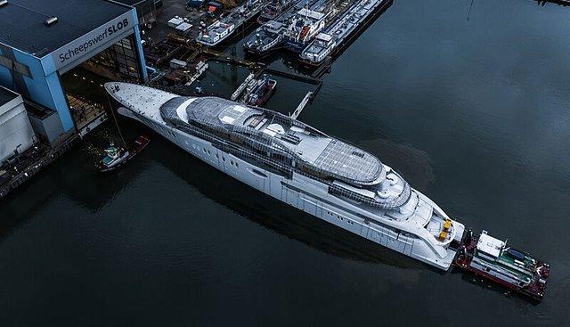 Feadship 1010 Charter Yacht - 2