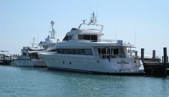 Angelee Charter Yacht