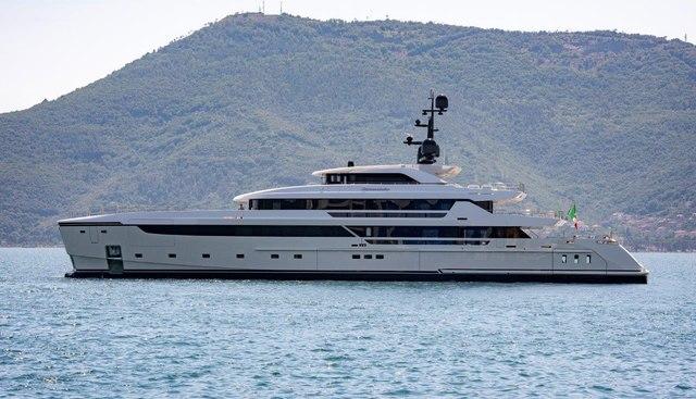 Cloud 9 Charter Yacht