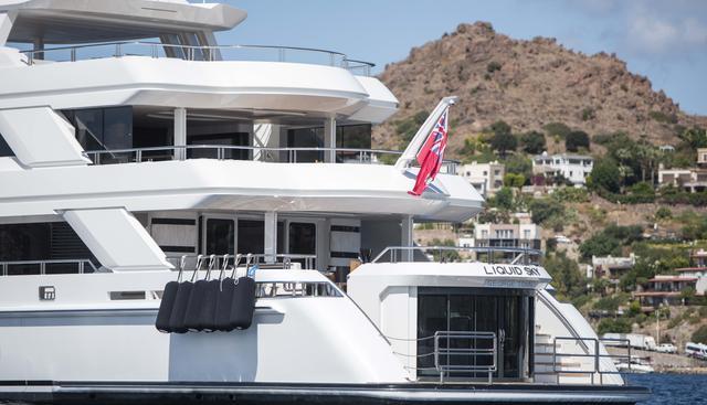 Liquid Sky Charter Yacht - 5