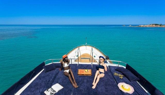 Raymond Du Puy Charter Yacht - 2