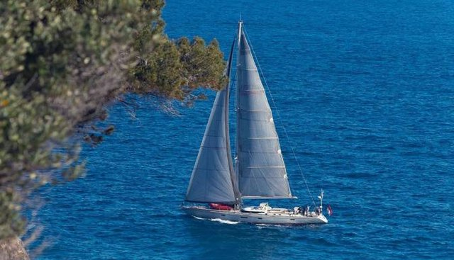 Dapsang Charter Yacht