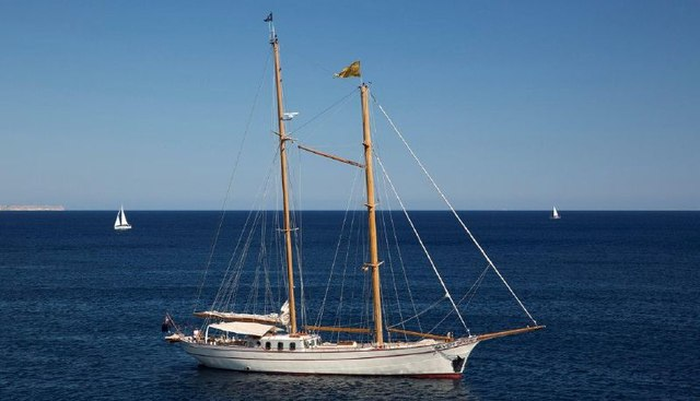 Silver Spray Charter Yacht - 2