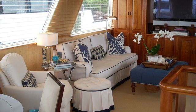 Lucky Penguin Charter Yacht - 4