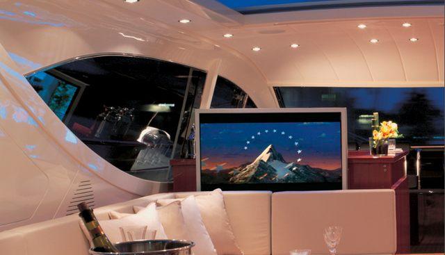 Cheetah Charter Yacht - 8